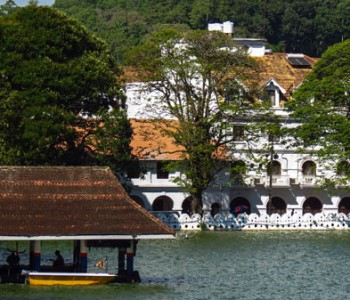 colonial-buildings-kandy.jpg